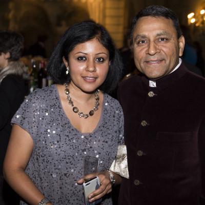 Jyothsna Kumaraswamy, Dinesh Paliwa